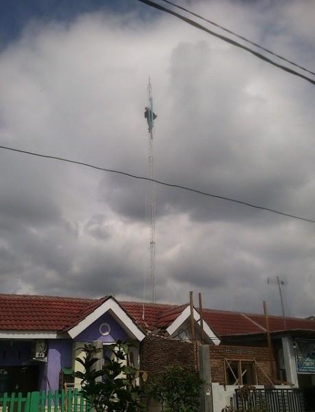 penekan naik tower