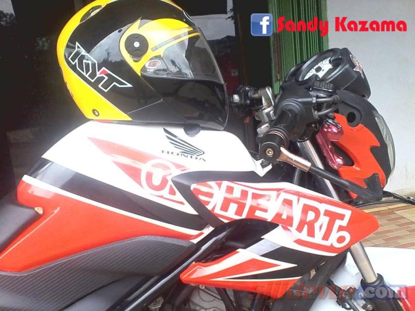 Modifikasi Honda CB150R (12)