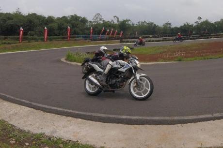 track day all new honda cb150r