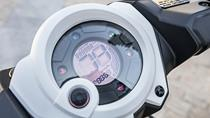 2016-Yamaha-Aerox-R-EU-Absolute-White-Detail-005