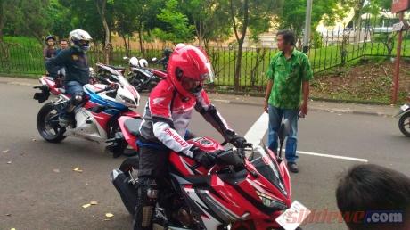 Test-Ride-All-New-Honda-CBR150R-Facelift-2016-2